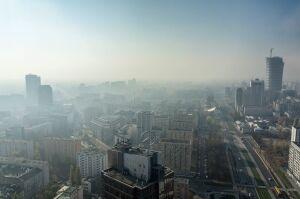 """Smog już jak w Pekinie? """"Dane nie są wiarygodne"""""""