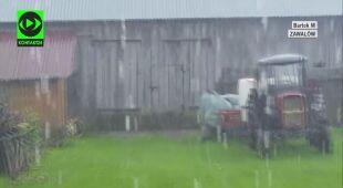 Opady deszczu w piątek w Lęborku i Zawalowie